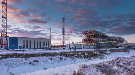mg : removal of a space rocket Union (Russia) time-lapse