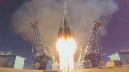 rakieta : launch a space rocket proton m Wideo
