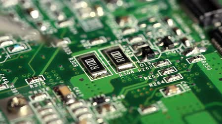 крепление : SMD soldering of electronic components with hot air