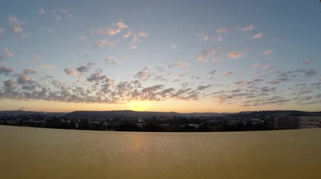 саванна : Sunrise and flying clouds timelapse