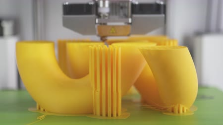 extrusion : Printing  with Plastic Wire Filament on 3D Printer