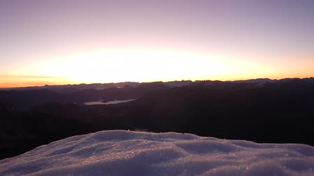 avusturya : sunrise timelapse from the top of the mountain grosser priel Stok Video