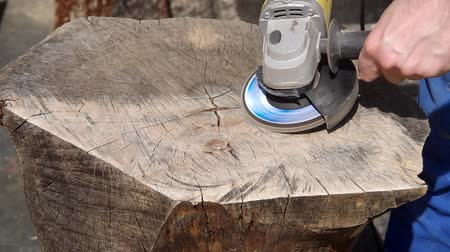 angle grinder : Working of walnut wood with angle grinder