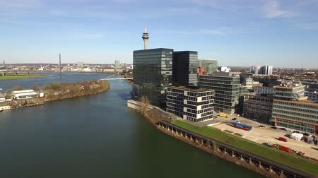 veleiro : Duesseldorf  Germany - April 06 2018 : Flying over the Dusseldorf Media harbour in Germany - Europe