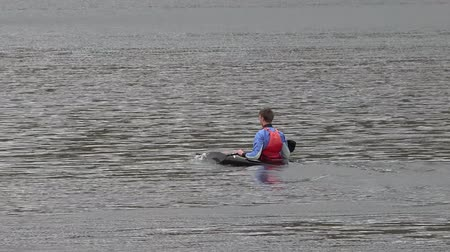 remoção : Llanberis  Wales - May 02 2018 : Kayak racing on the lake