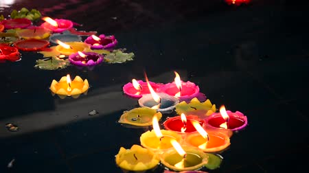 плавающий : Lotus lamp Wishing Lotus Light Water lanterns floating water