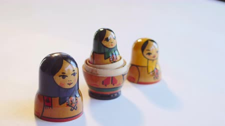 aninhada : Matryoshka Doll on a white background in 4k