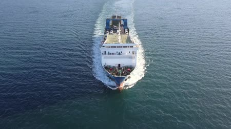 паром : Ro Ro Ship: Aerial view of a medium RoRo Vehicle carrie vessel cruising at sea. Стоковые видеозаписи