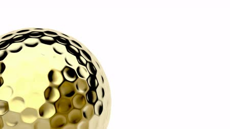 поле для гольфа : Golden golf ball spin on white background