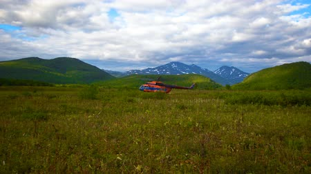 geotermální : View on the helicopter takeoff in the Kronotsky Nature Reserve on Kamchatka Peninsula, Russia Dostupné videozáznamy