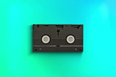 gravador : An antique old video cassette tape. Recorded, device