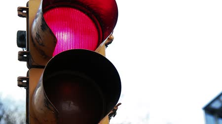 sepya : Traffic Light Close-Up.