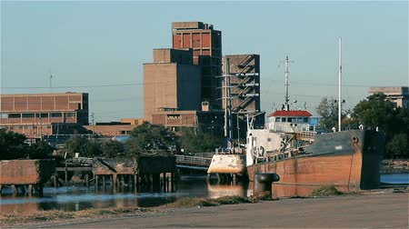 estaleiro : The Riachuelo River In Buenos Aires (Argentina). Stock Footage