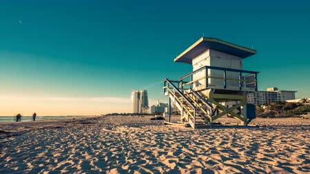 chata : Lifeguard Hut in South Beach during sunrise, Miami. Vintage colors