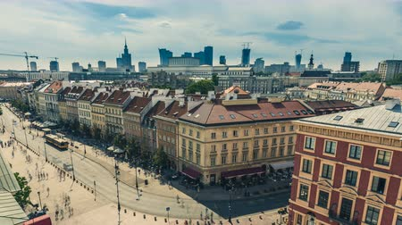 lengyelország : Warsaw old buildings with people walking, Downtown as background, Poland. Day Time Lapse.