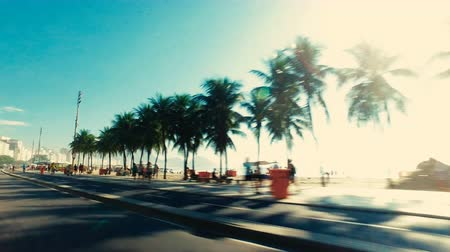 Рио : Vehicle shot of  Copacabana Beach, famous beach in Rio De Janeiro. Vintage colors