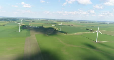 venkovský : Aerial view of Wind turbine farm in a green field Dostupné videozáznamy