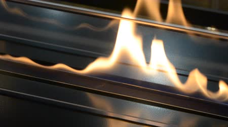 gas burner flame : Modern bio fireplot fireplace on ethanol gas. Smart ecological alternative technologies. Contemporary biofuel on ethanol close-up. Energy saving innovation Stock Footage