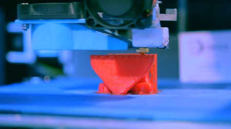 impressão digital : 3D printer working. Fused deposition modeling, FDM. 3D printer printing an object from plastic. Automatic three dimensional 3d printer performs plastic. Progressive additive technology for 3d printing