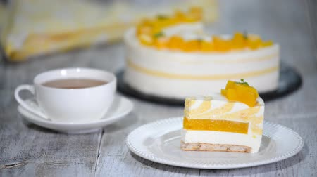 souffle : Peach mousse cake served with peaches.