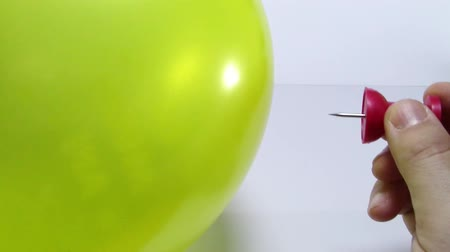 balonlar : Inflated balloon sting with push pin and popping burst and sound