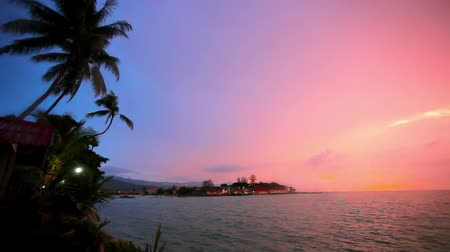 duch Święty : Buddha statue over scenic sunset sky background and sea on Koh Samui. Video