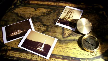 pusula : Gold compass, old photo and maps - zoom Stok Video