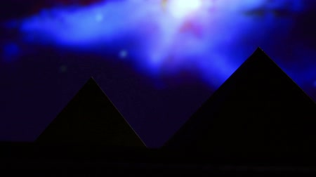 astroloji : Egyptian pyramid, blue night Stok Video