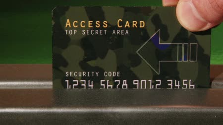 тайна : Top Secret Access Card, green, closeup