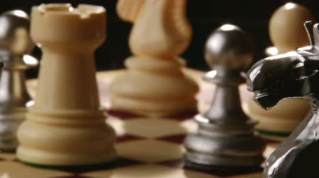 şövalye : Chess, from knight to king