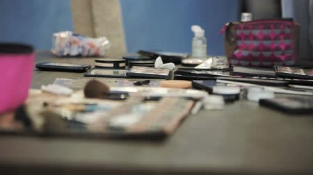education meeting : Master class for make-up artists. Cosmetics and toiletries. Stock Footage