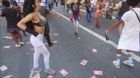 solidarita : Sao Paulo, Brazil - June 18, 2018: Undefined person dancing during the S?o Paulo Pride Parade.