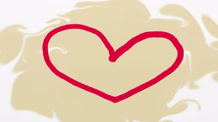 fuksja : Hand drawn red heart on beige artistic background