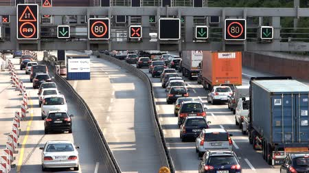 mosty : AutobahnHighway Traffic Wideo