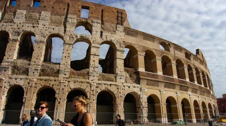 costantino : Timelapse of people walking in front of the Colosseum, Rome, Italy.
