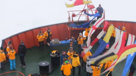 veselí : North pole - 2 July 2016:  Tourists dancing at North pole. Meanwhile, around thick fog