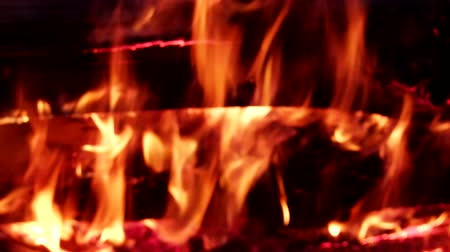 superstition : Large bonfire, timber crib, tipi fire, hot fire. Red hot coals
