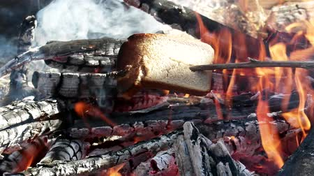tramp : unusual way to fry bread on an open fire. Field kitchen