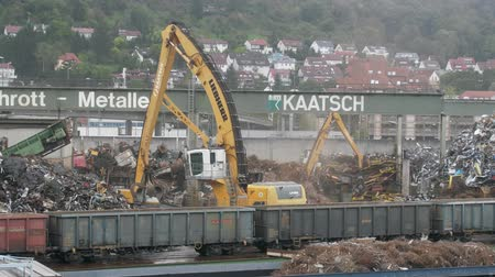 demirli : Near Stuttgart, Germany - September 12, 2017: Enterprise for collection and recycling of scrap metal (scrap-metal drive, recycling), loading operations