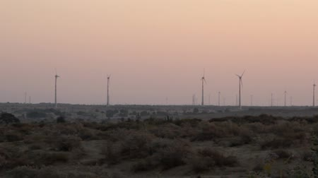 yedek : Wind generators in the desert. India, Rajasthan Stok Video