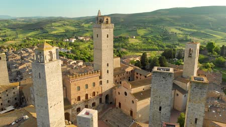 назад : Aerial view of San Gimignano and its medieval old town with the famous towers