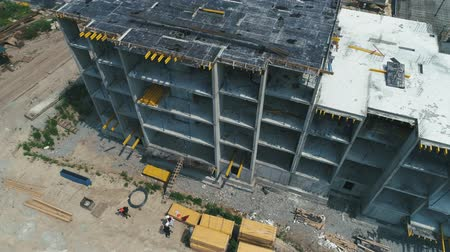 área de trabalho : Aerial Shot of the Building in the Process of Construction.