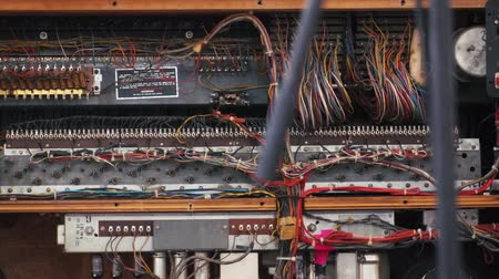 amplificador : Inside view of old amplifier