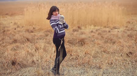 ruházat : woman girl portrait in sweater scarf and mittens nature autumn dry grass cold
