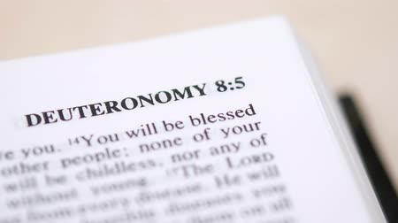 verse : Reading Deuteronomy Book Of The Bible