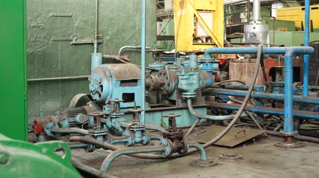 usado : Old hydraulic system at metalworking factory Stock Footage