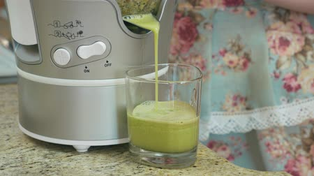 kitchen blender : Close up of fresh homemade fruit smoothie Stock Footage