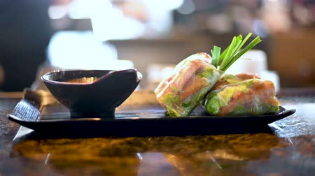 favori : Delicious upscale Vietnamese Spring Rolls on the bar counter in a restaurant