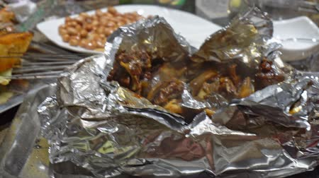 folyo : Hot baked in foil turtle. Unpacking