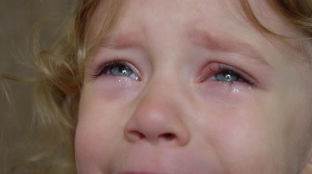 sty : inflammation of the eye, the baby is crying